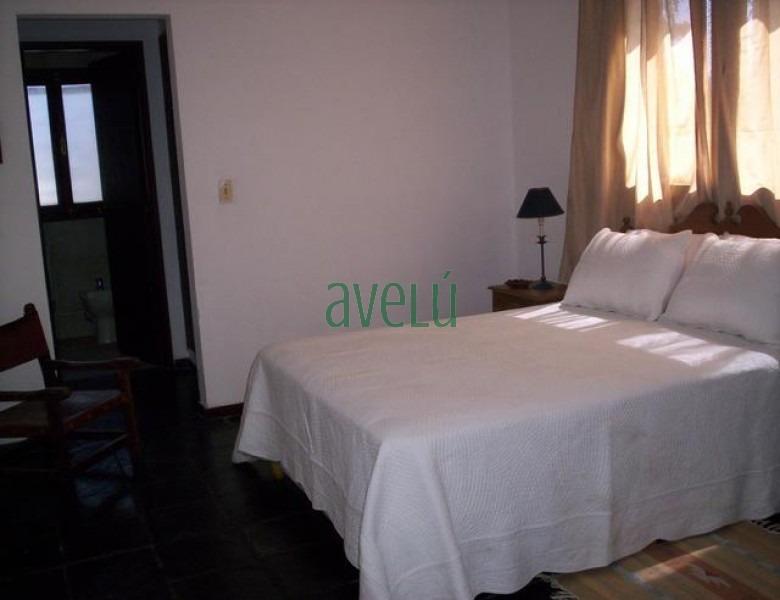 casa en pinares, 4 dormitorios *- ref: 722