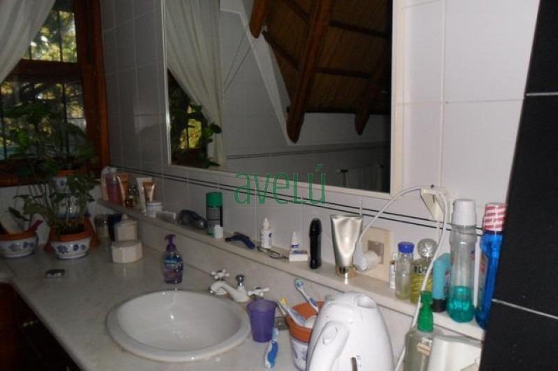 casa en pinares, 4 dormitorios *- ref: 896