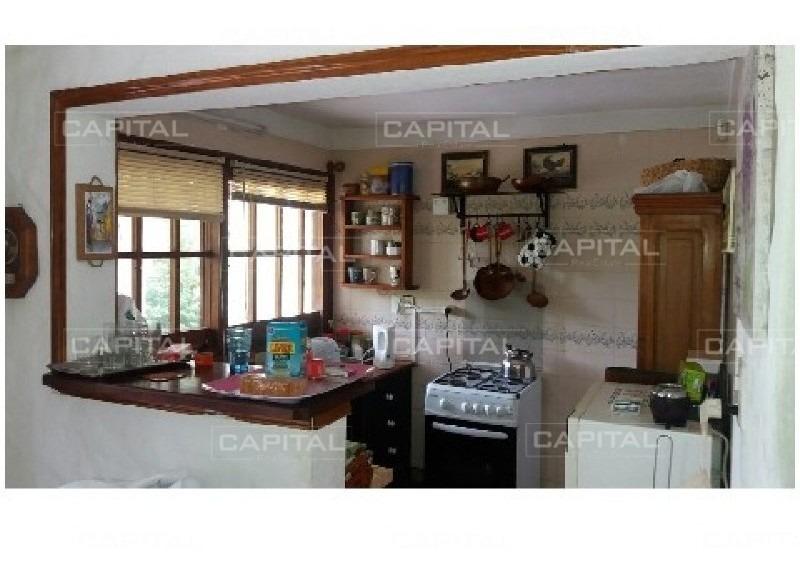 casa en pinares - 4 dormitorios y dependencia!-ref:26850