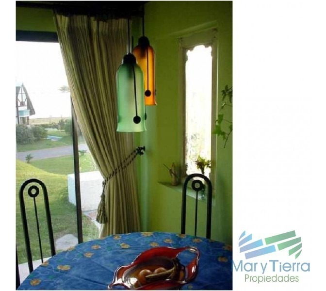 casa en pinares, 5 dormitorios *-ref:1660