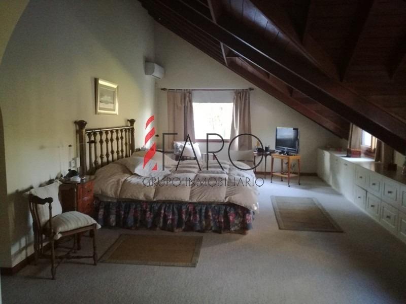 casa en pinares, 5 dormitorios *-ref:34164