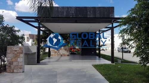 casa en privada botánico, zona de universidades. cv-5172