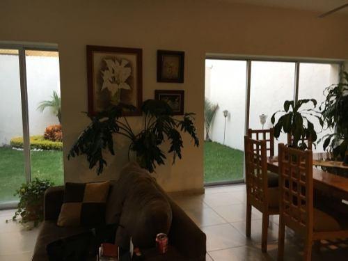casa en privada en tzompantle norte / cuernavaca - mrl-692-cp