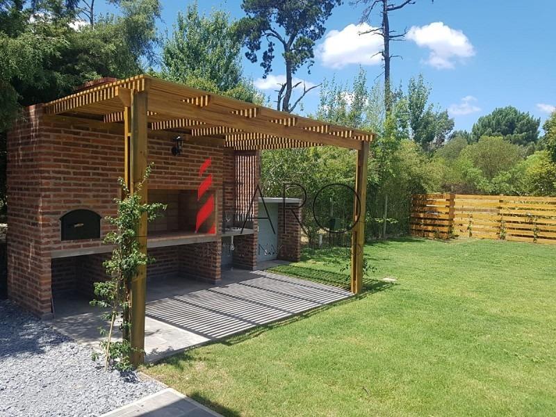 casa en propiedad horizontal a estrenar en pinares, 3 dormitorios y parrillero-ref:36936