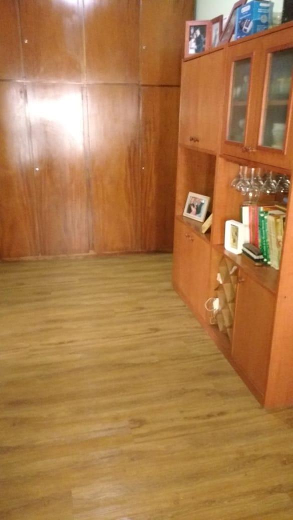 casa en propiedad horizontal al fondo a 7 cuadras de la estacion de el palomar de 3 ambientes con patio! f: 7770