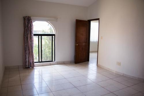 casa en pueblo nuevo en privada, 3 rec. 2.5 baños