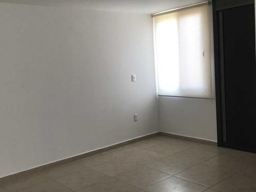 casa en puerta real corregidora mod barcelona