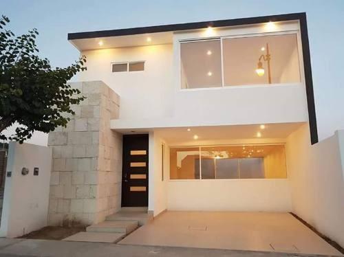 casa en punta del este en privada arrecife