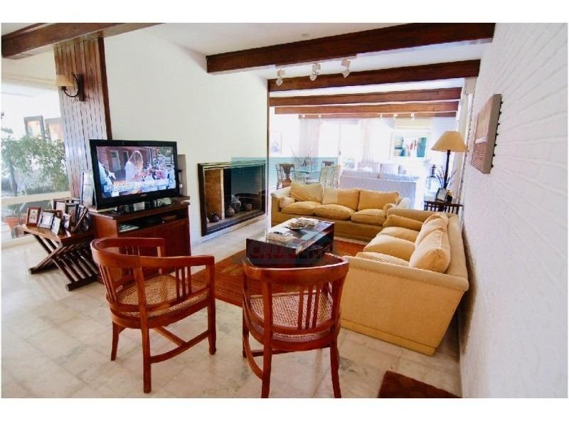 casa en punta del este, mansa | crucero real estate ref:5062- ref: 5062