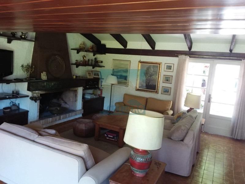 casa en punta del este, mansa | crucero real estate ref:5480- ref: 5480