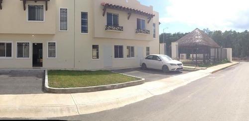 casa en real bilbao, playa del carmen para venta