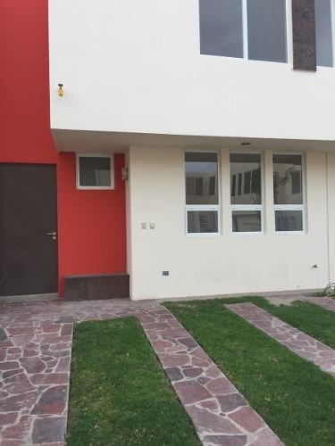 casa en renta amueblada en el encanto residencial (villa de pozos)