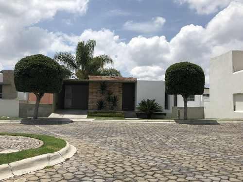 casa en renta amueblada/lomas de angelopolis i, cluster 1111