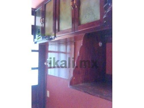 casa en renta colonia bella vista 2 poza rica veracruz 3 habitaciones, se encuentra ubicada en la calle lluvia 7 de la colonia bella vista, cuenta con sala, comedor, cocina, cocina integral, 3 recama