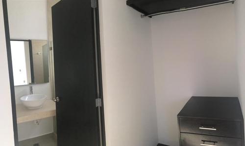 casa en renta con alberca arbolada