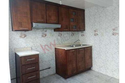 casa en renta con local en frente, col. garambullo.