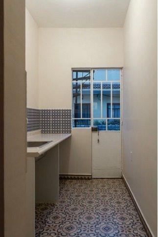 casa en renta con uso de suelo mixto, con acabados renovados