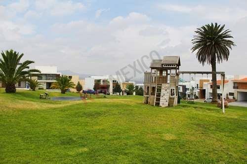 casa en renta dentro del exclusivo residencial y club de golf la loma $45,000