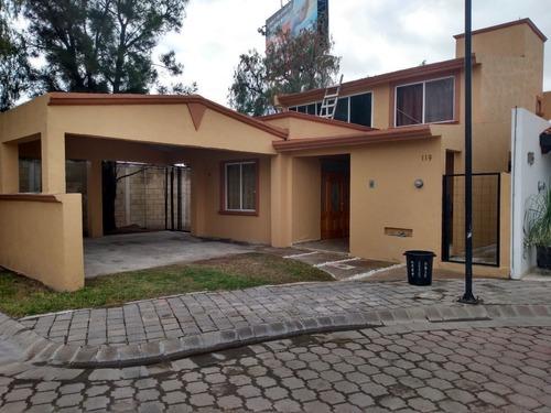 casa en renta en canteras de san agustín.
