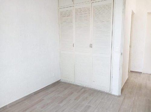 casa en renta en cerrada