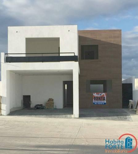 casa en renta en forja real residencial