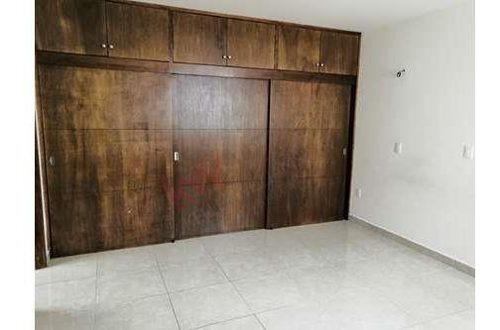 casa en renta en maderas residencial
