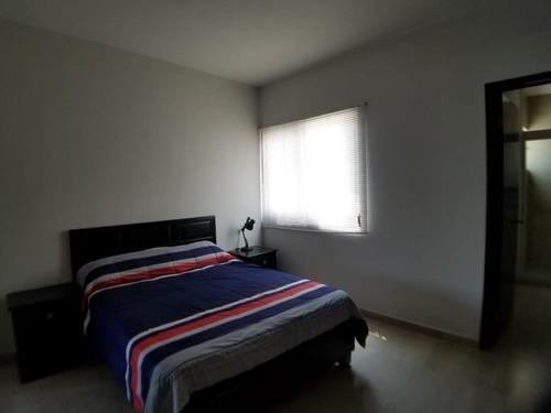 casa en renta en palma real
