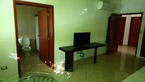 casa en renta en privada las palmas montecristo