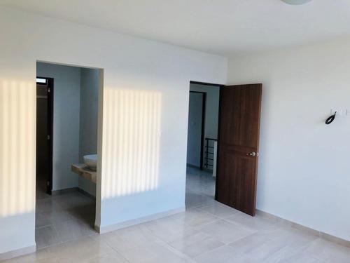 casa en renta en residencial alceda con alberca