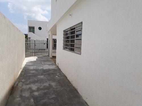 casa en renta en residencial isla azul