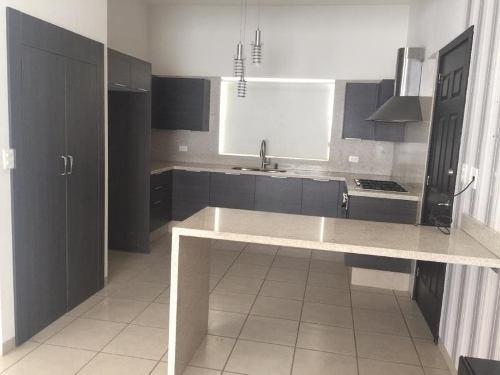 casa en renta en residencial|residencial senderos|residencial senderos (villa alta)