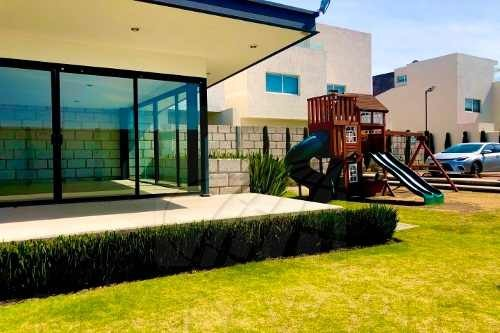 casa en renta en san mateo atenco zona 100% residencial