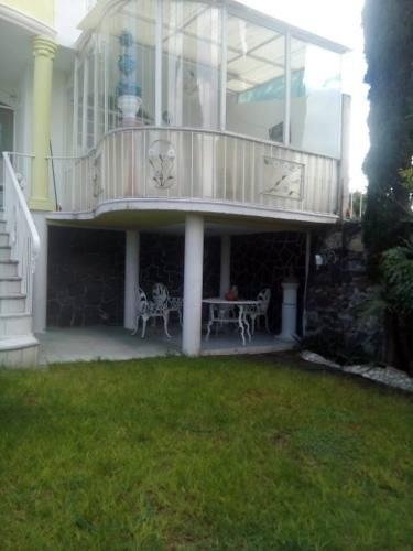 casa en renta estilo porfiriato con alberca y sala de juegos