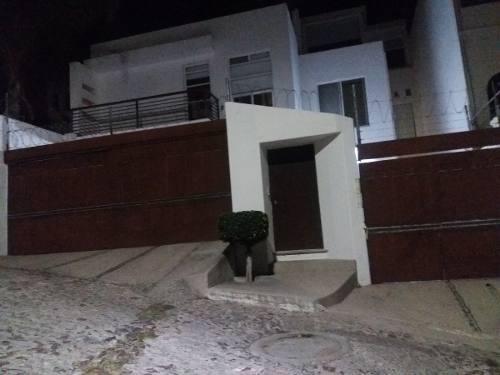 casa en renta, lomas dorada  //  rcr181003-na