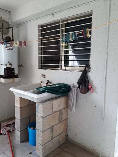 casa en renta muy cerca a altabrisa en calle cerrada