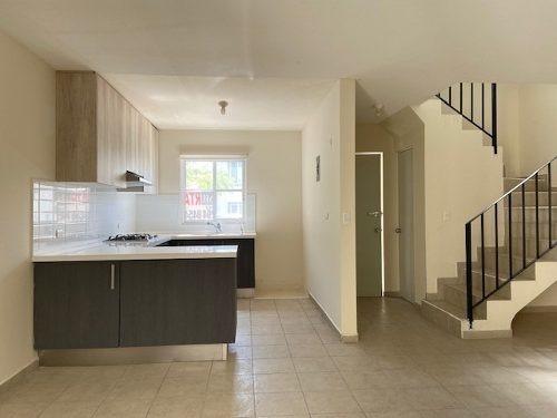 casa en renta privada el mirador, 3r 1.5 b, pasillo de servi