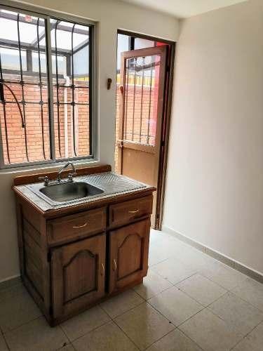 casa en renta toluca en privada arboledas 3