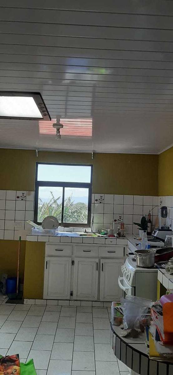 casa en residencial santa catalima, amb, familiar y seguro (