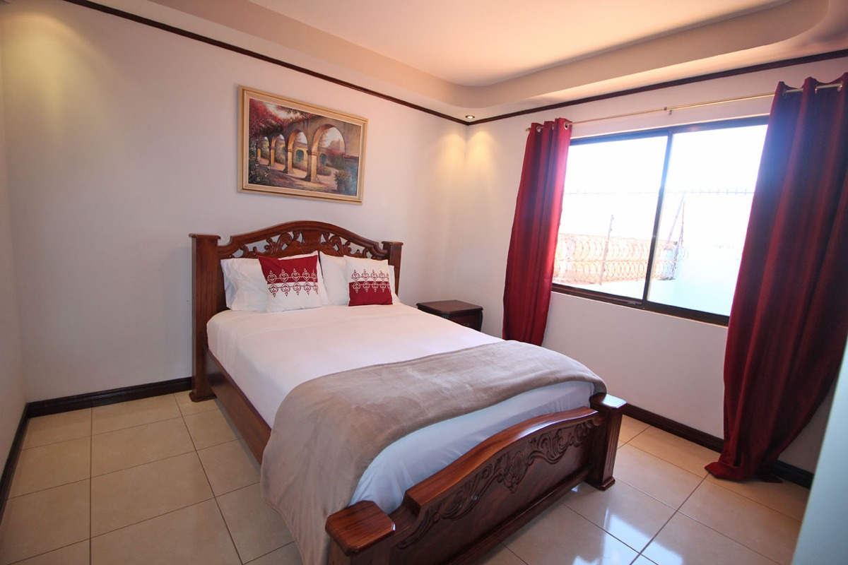 casa en residencial x una, san pablo heredia (nhp-428)