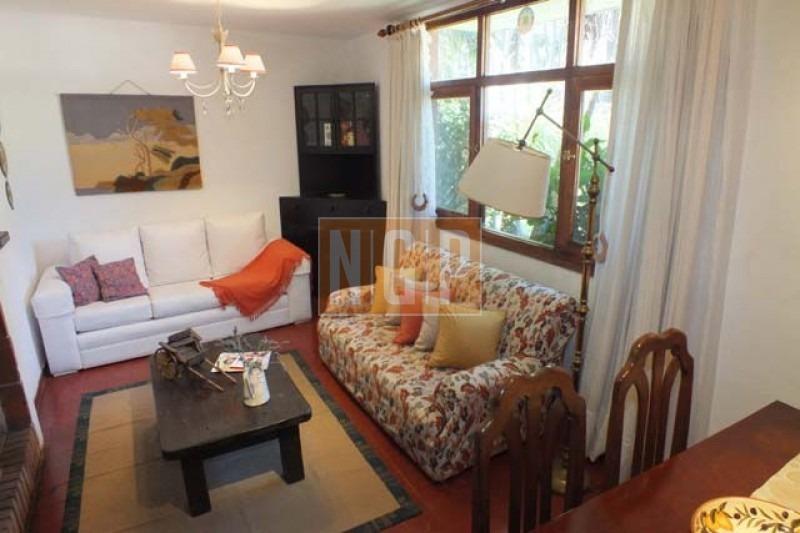 casa en rincã³n del indio, 3 dormitorios -ref:20107