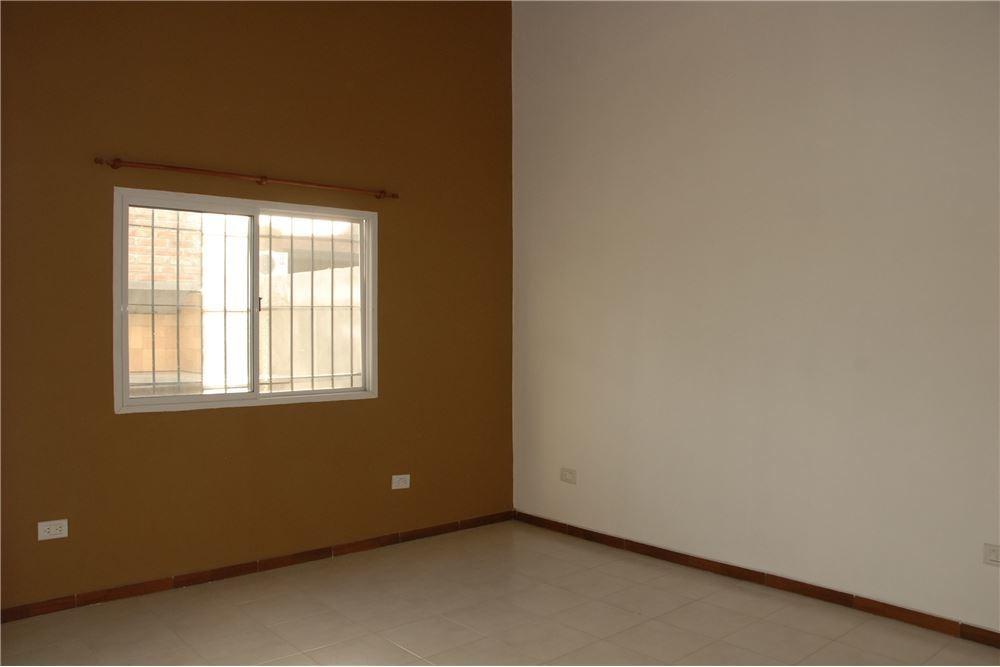 casa en roldan 2 dormitorios - 460 mts2 terreno