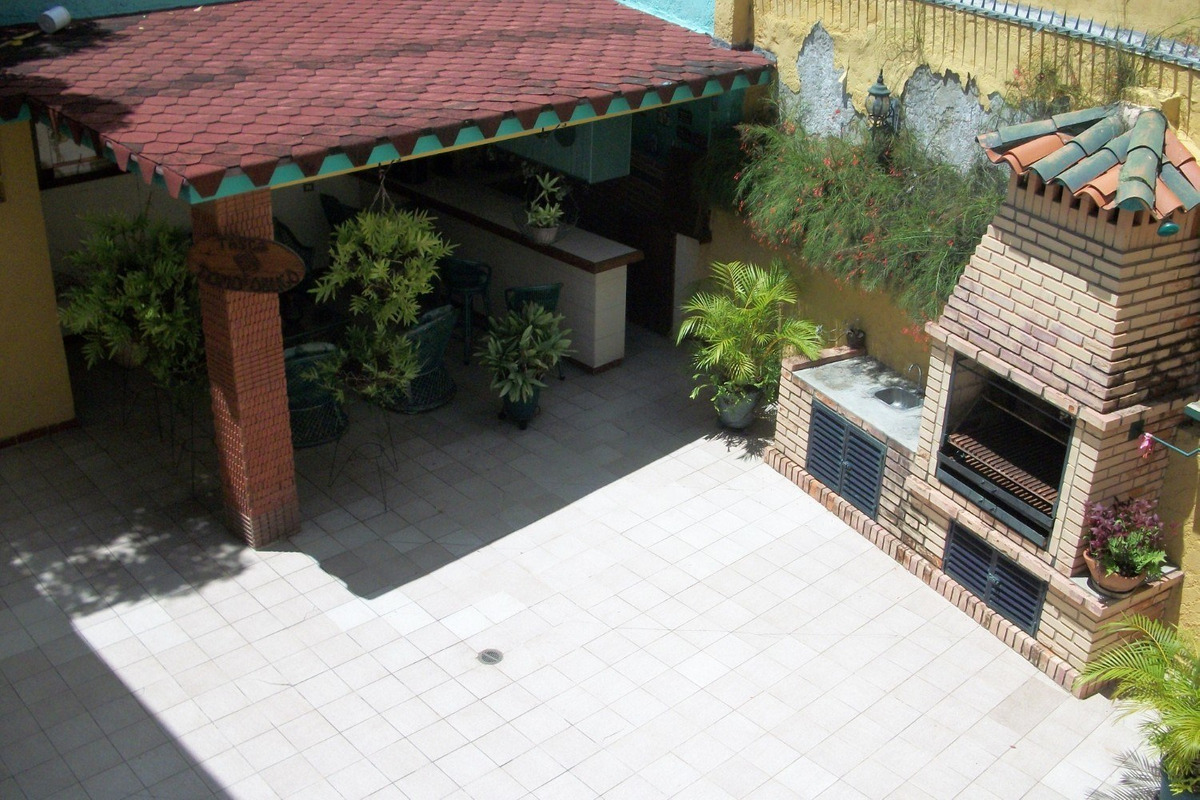 casa en san bernardino parte alta. urbanizacion tranquila.