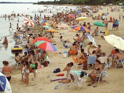 casa en san jose.5 personas. termas y playa! a/c, parrilla,