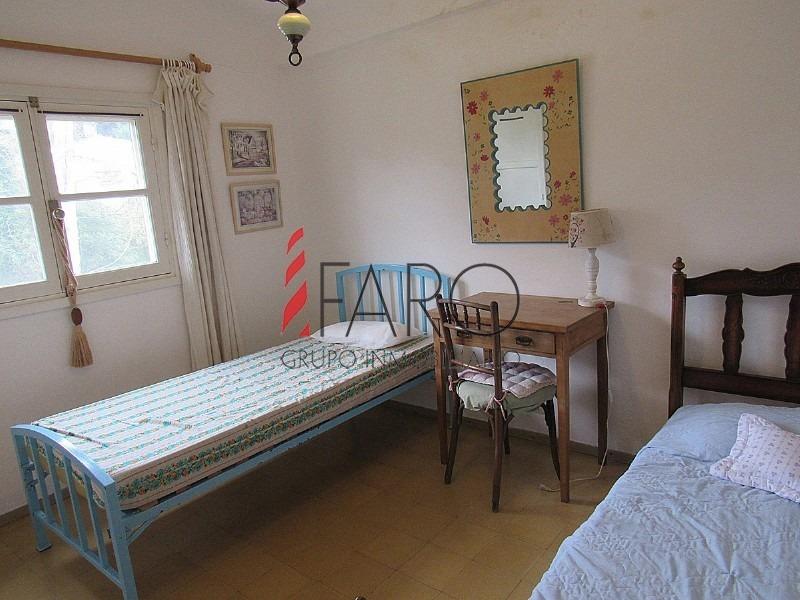casa en san rafael 3 dormitorios y servicio con garage y amplio jardín-ref:36215