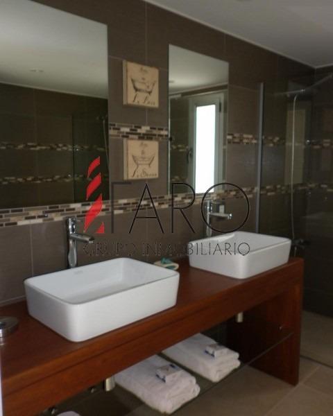 casa en san rafael 4 dormitorios y dependencia con piscina y barbacoa-ref:33747