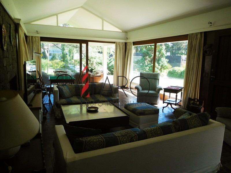 casa en san rafael, terreno de 3600 m2, excelente construcción.-ref:33958