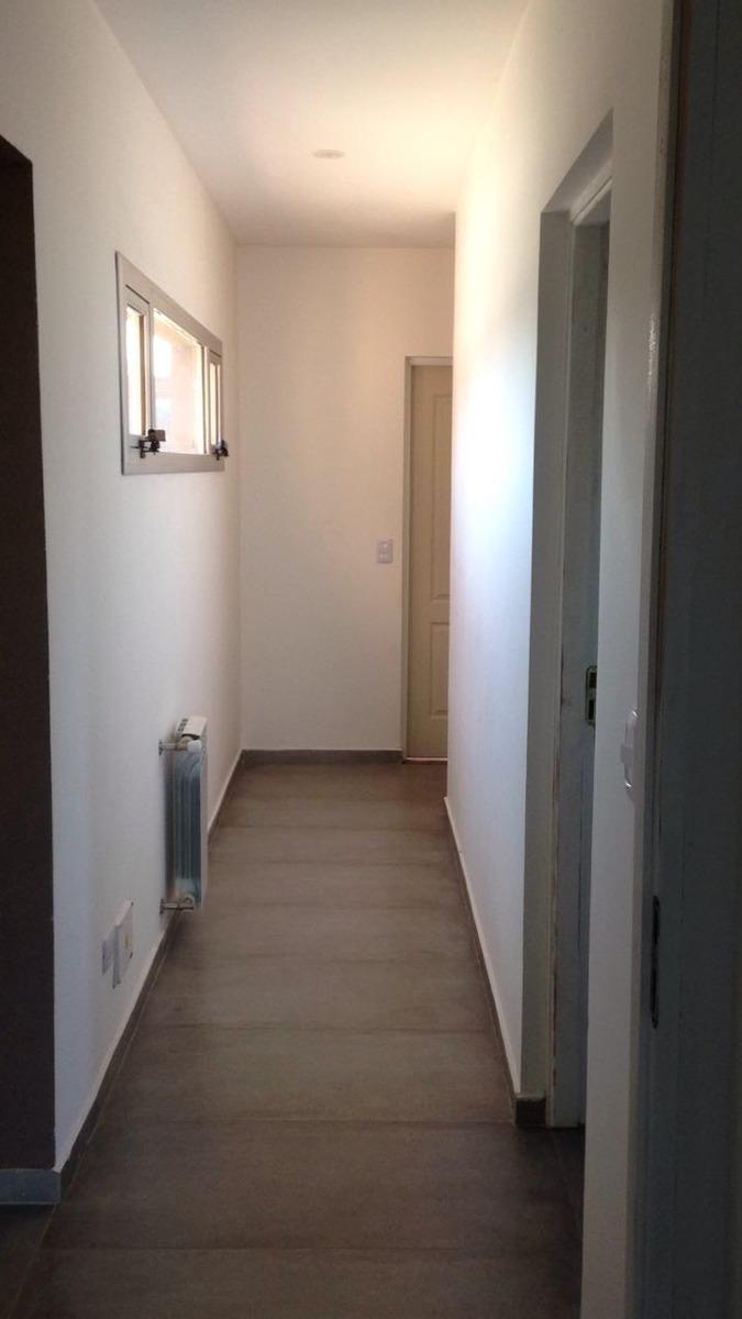 casa en santa ines de canning!!! minimalista!! 1 año de uso!