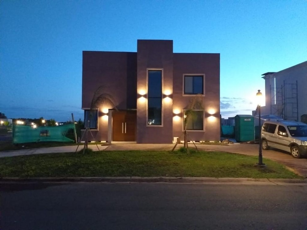 casa en santa juana de canning!!! 4 dormitorios y piscina!!!