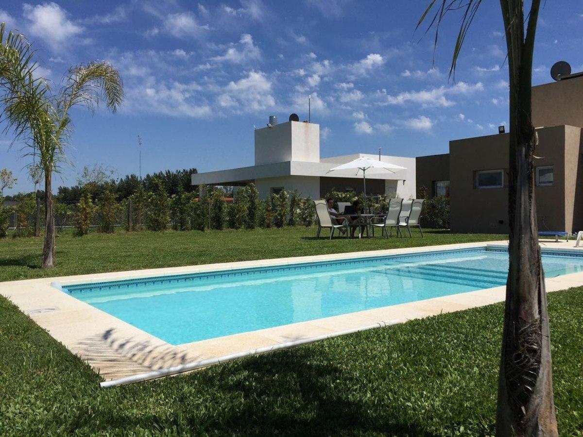 casa en santa juana de canning!!! losa radiante y piscina!!