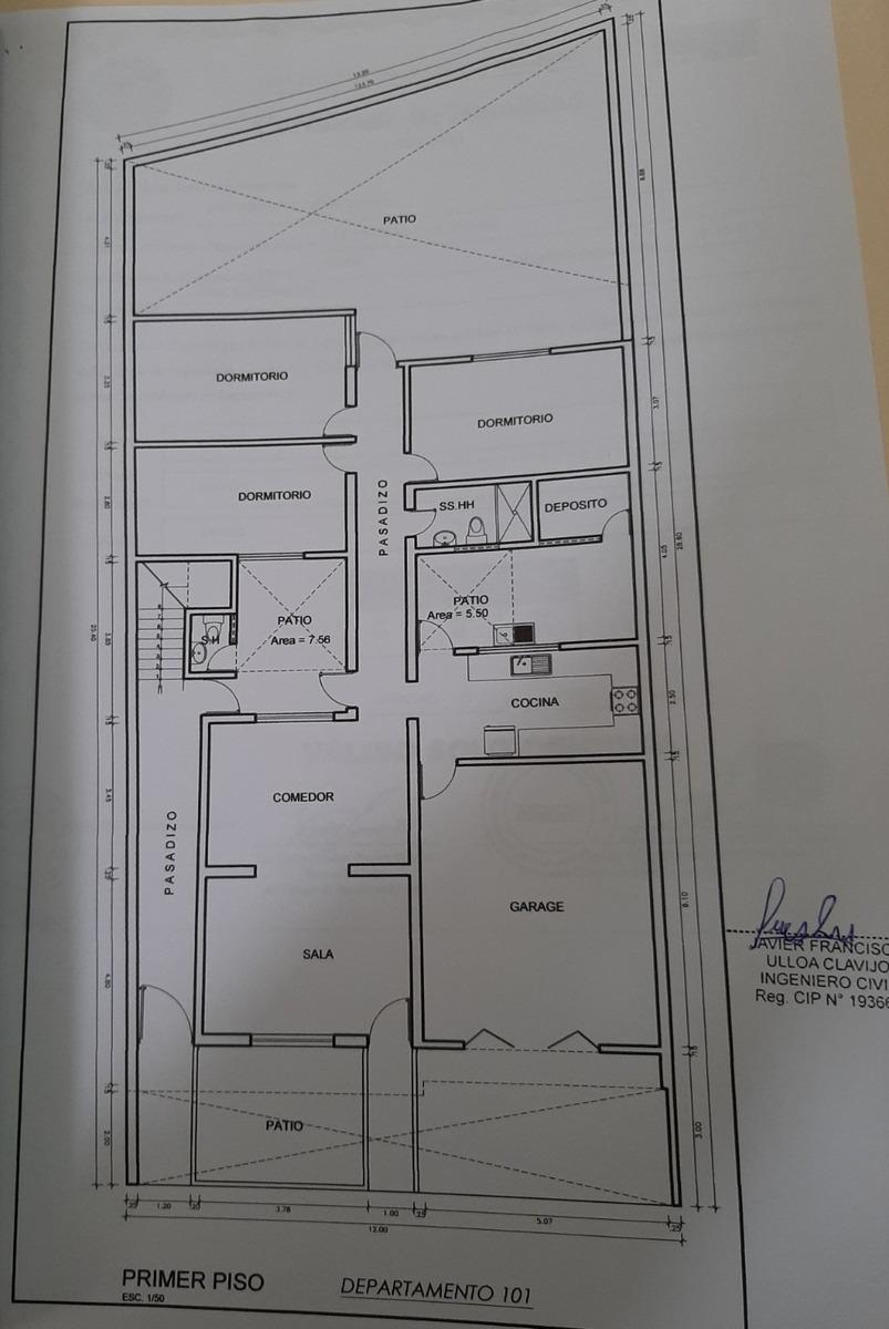 casa en s.m.p. 4 pisos a.t. 335.60m2, 15 años de antiguedad.
